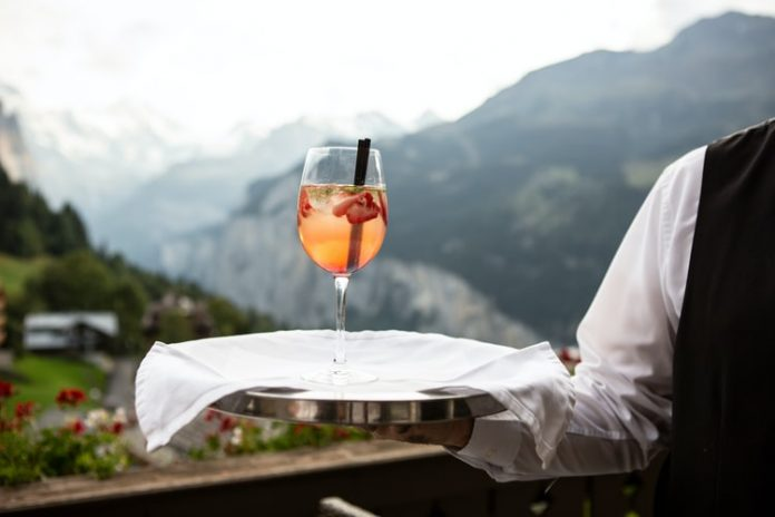 A Variety of Drinks From Around the World That You Must Taste When Traveling