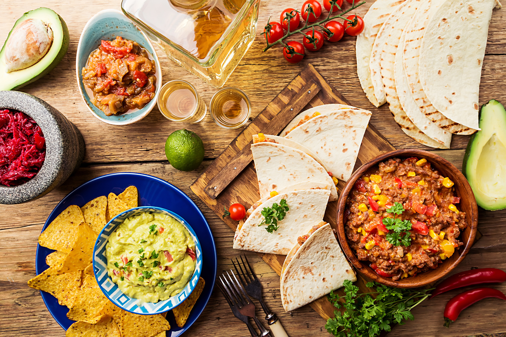How to Throw the Best Mexican Dinner Fiesta Ever